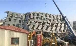 Vítimas do terremoto em Taiwan são salvas dos escombros após 50 horas