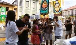 Foliões aproveitam o carnaval para tentar evitar aumento de vereadores