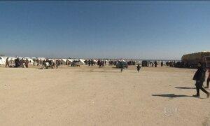 Turquia prevê chegada de 60 mil refugiados à fronteira com a Síria nos próximos dias