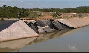 Estrutura do canal da transposição do Rio São Francisco cede em PE
