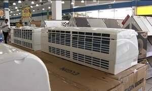 Vendas de ventiladores e ar-condicionado crescem mesmo com a crise