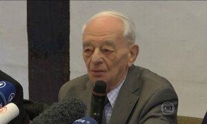 Sobreviventes de Auschwitz depõem em julgamento de guarda nazista
