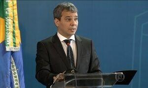 Semana teve Cunha como réu, delação de Delcídio e Lula na PF