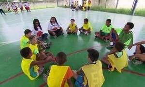 Projeto Social Cultura na Cesta mistura esporte e poesia