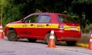 Dificuldade de estacionar é obstáculo na prova para candidatos a motorista