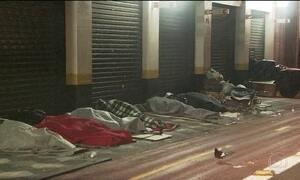 Frio ameaça moradores de rua em São Paulo