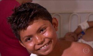 'Caso para filme', diz mãe de menino que teve galho atravessado no peito