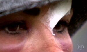 Mulheres agredidas enfrentam o caminho difícil da ajuda