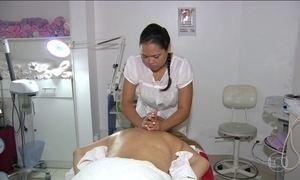 Dor nas costas é o problema que mais afasta brasileiros do trabalho