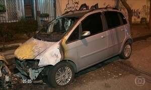 Bandidos incendeiam nove carros na Barra da Tijuca