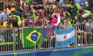 Nem só de rivalidade vivem as torcidas brasileira e argentina