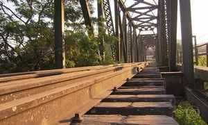 Trechos privatizados de ferrovias estão desaparecendo em Minas
