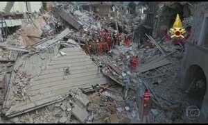 Terremoto de 6,2 de magnitude atinge região central da Itália