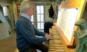 Cidade medieval de Bruges tem antigo instrumento de sinos musicais