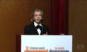 Presidente do STF defende liberdade de imprensa em fórum