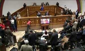 Parlamento da Venezuela abre processo contra Nicolás Maduro