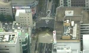 Japão fecha cratera de 15 metros em 7 dias e surpreende o mundo