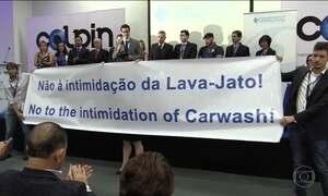 Força-tarefa da Lava Jato recebe prêmio anticorrupção de 2016