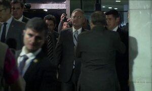 Renan Calheiros marca sessões no Senado para quinta-feira