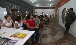 Escola de negócios capacita jovens de comunidades do RJ