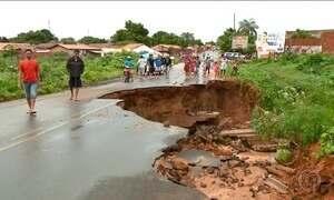 Chuva no Nordeste não resolve problema da seca e causa transtorno