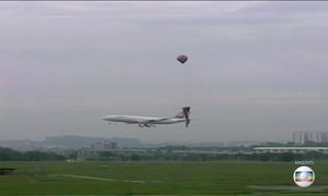 Pilotos da aviação civil alertam autoridades para o perigo dos balões