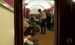 Correspondentes da Globo ficam cinco horas retidos no Parlamento