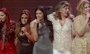 Roberta Miranda comemora 30 anos de carreira cantando com sertanejas
