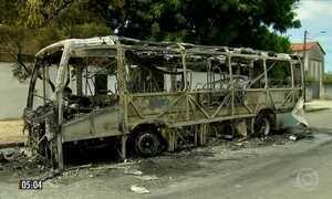 Deficiente físico fica gravemente ferido em ataque a ônibus no CE