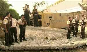 Assaltantes invadem transportadora na fronteira do Paraguai com o Brasil