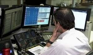 Crise repercute no mercado financeiro e bolsa de valores chega a parar