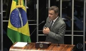Áudios mostram versão de Aécio para pedido contra chapa Dilma-Temer