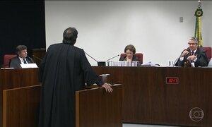 Supremo adia decisão sobre pedido de prisão de Aécio Neves