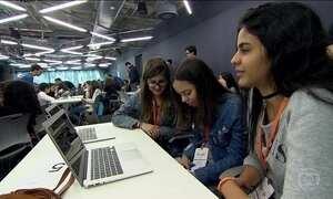 Meninas ignoram o preconceito e se destacam no mundo da tecnologia