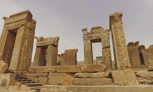 Imagens nas ruínas de Persépolis, no Irã, contam a história do povo persa