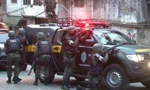 Câmeras registram semana de guerra e terror na favela da Rocinha, no Rio