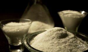 Brasileiro está comendo mais que o dobro de sódio indicado, diz estudo
