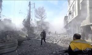 Em Ghouta, na Síria, tropas do ditador Bashar al-Assad matam 250 pessoas