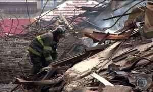 Bombeiros registram 4 desaparecidos no incêndio de prédio em São Paulo