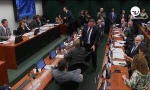 Comissão da Câmara aprova projeto que regulamenta uso de agrotóxicos