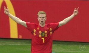 Eleito melhor do jogo, o belga De Bruyne deu aula no meio de campo