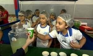 Escola do Rio de Janeiro promove feira de aprendizagem