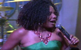 Margareth Menezes celebra 25 anos de carreira