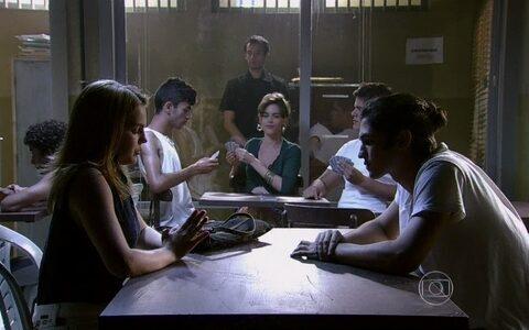 Anita acusa Ben de prejudicar Antônio e colocá-la contra Sofia