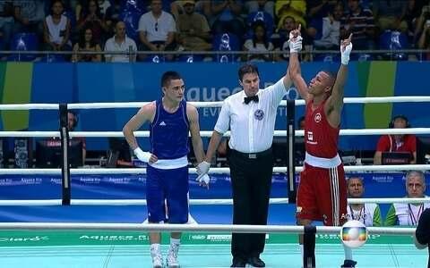 Robson Conceição derrota pugilista do Uzbequistão pelo evento-teste de boxe