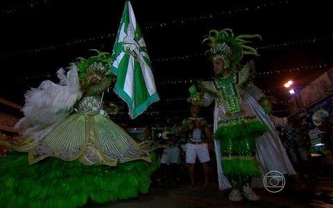 Programa mostra histórias de escolas de samba (None)