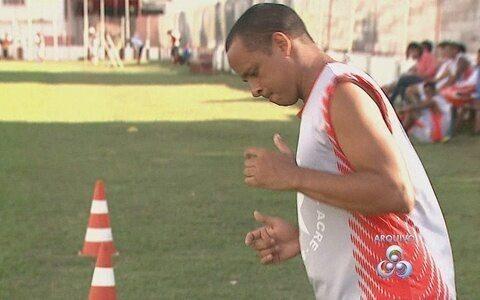 Fisioterapeuta fala sobre condição do meia Testinha para estreia do Campeonato Acreano