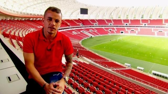 BLOG: #TBT do Foot: Em 2014, D'Ale abriu as portas do Beira Rio para o mundo