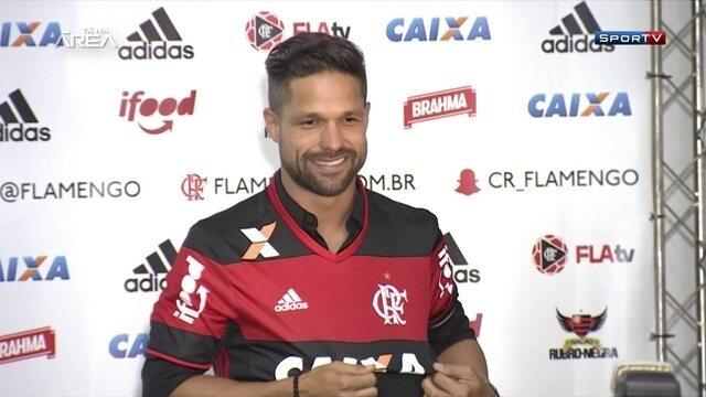 Relembre desempenho dos últimos jogadores que vestiram a camisa 10 do Flamengo