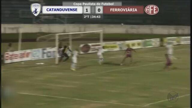 Ferroviária é derrotada pelo Catanduvense e tem invencibilidade quebrada na Copa Paulista